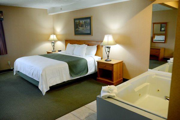 Sault Ste. Marie Hotel Whirlpool Room