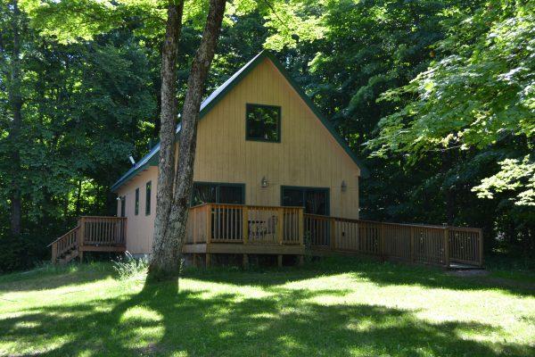Hessel Cabin Exterior