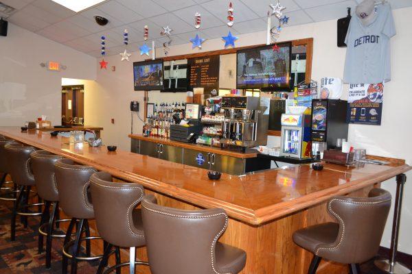 Northern Nook Bar & Grille Hessel
